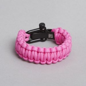Pink paracord, seen from behind