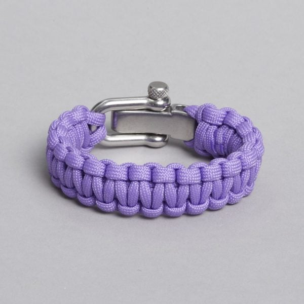 Light purple paracord, seen from behind.