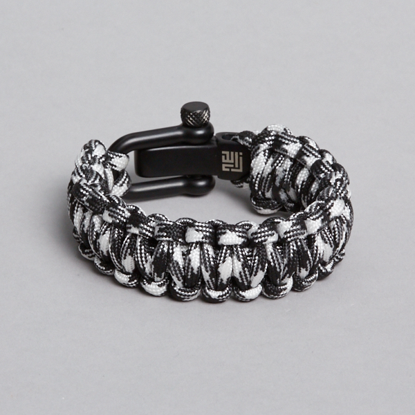 Zebra paracord with black lock