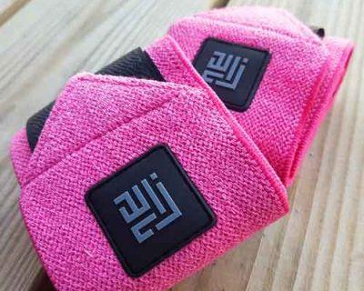 Pink farvede håndledsbeskyttere