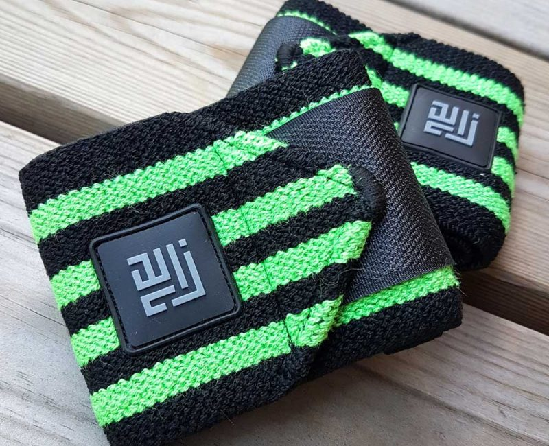 BLACK GREEN STRIPED WRIST WRAPS